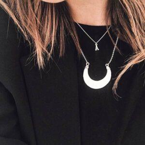 Collar-Boho-Inicial-Personalizable-Plata-925-neska-polita