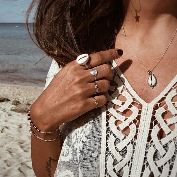 collares y anillos concha plata