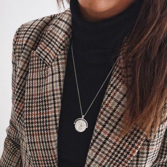 collar medallon