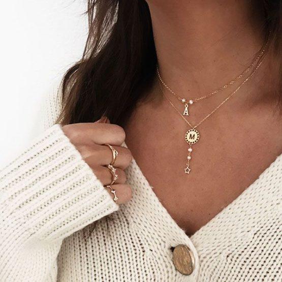 collar y choker initials perla