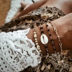 pulseras concha oro