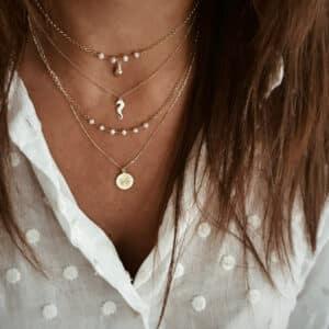 collares conchitas perlas