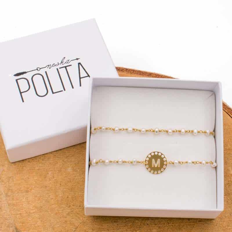 Pack-de-pulseras-initials-perla-oro-neska-polita