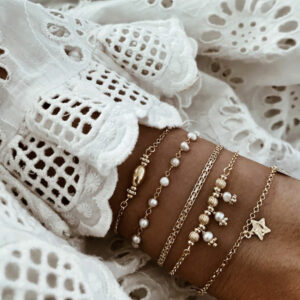 pulseras perlas y estrella plata