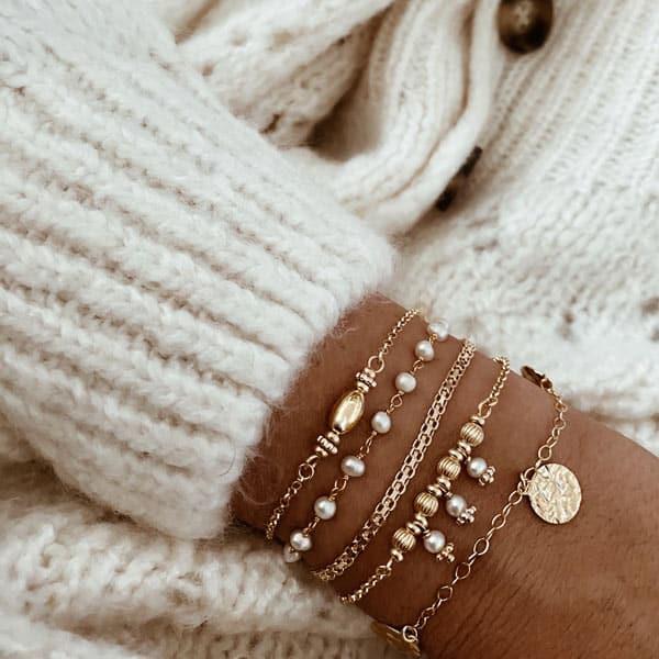pulseras perlas chapitas