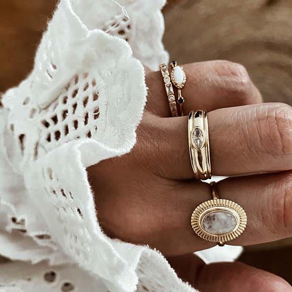anillos plata piedra luna