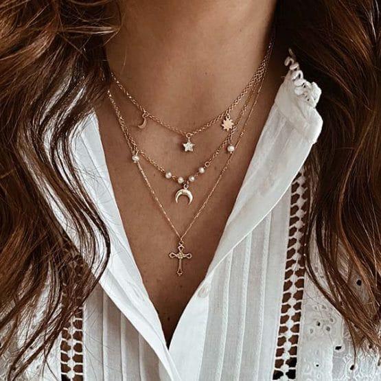 collares estrella, luna, cruz, perlas
