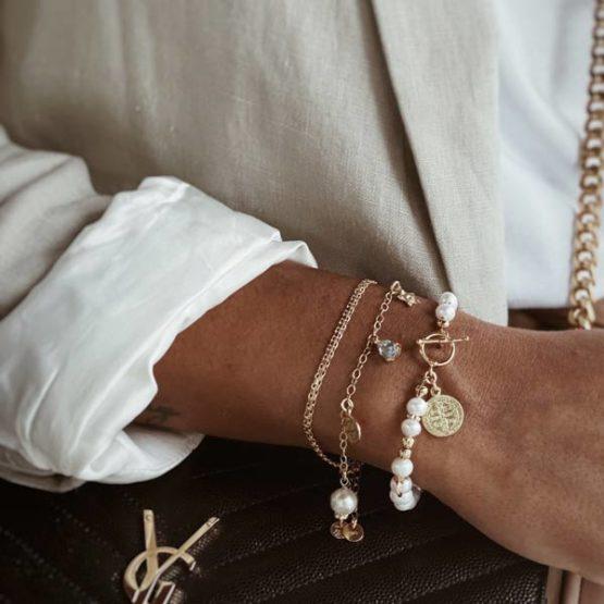 pulseras plata perlas medallas
