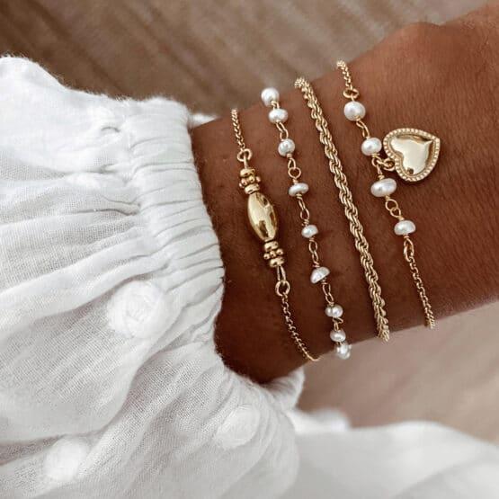 pulseras perlas corazon